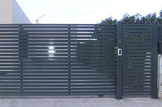 Puerta for Fotos de puertas metalicas modernas